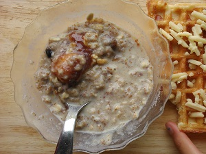 Jamco Fig Spread with Oat Cereals and Bananas