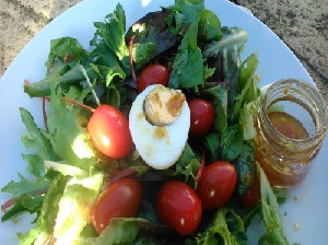 Tomato and egg salad with Jamco fig dressing
